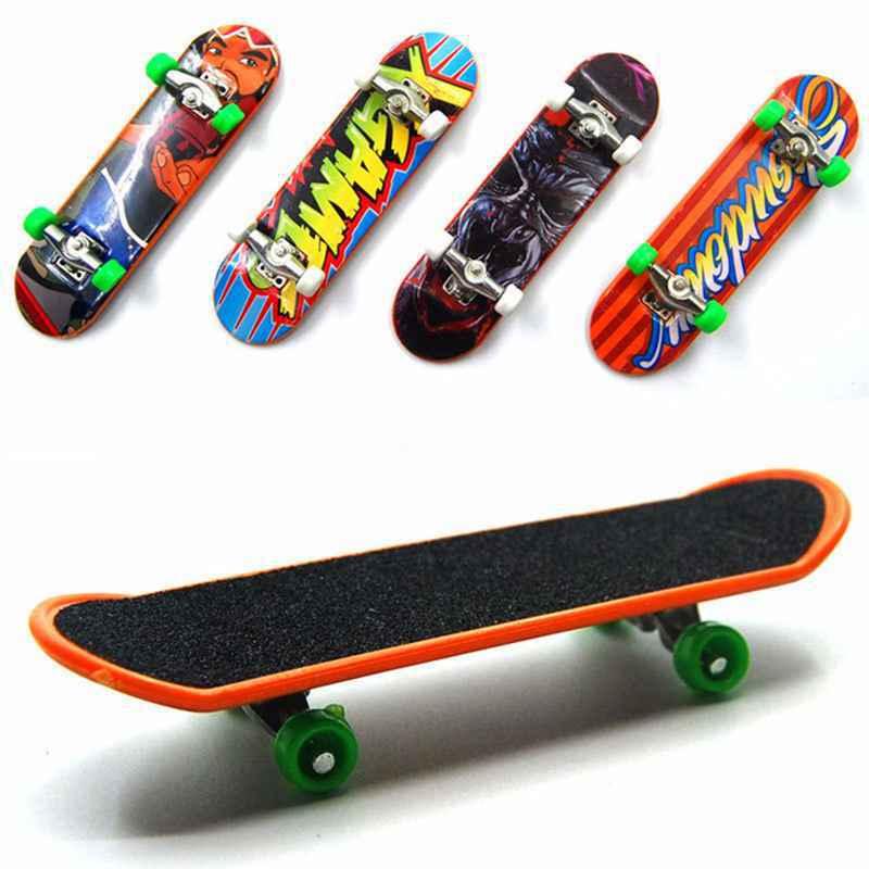 Wholesale 1pcs Fingerboard Mini Finger Skateboard Plastic Finger Skate Scooter Throwbacks Original Boys Mini Skateboard Toy