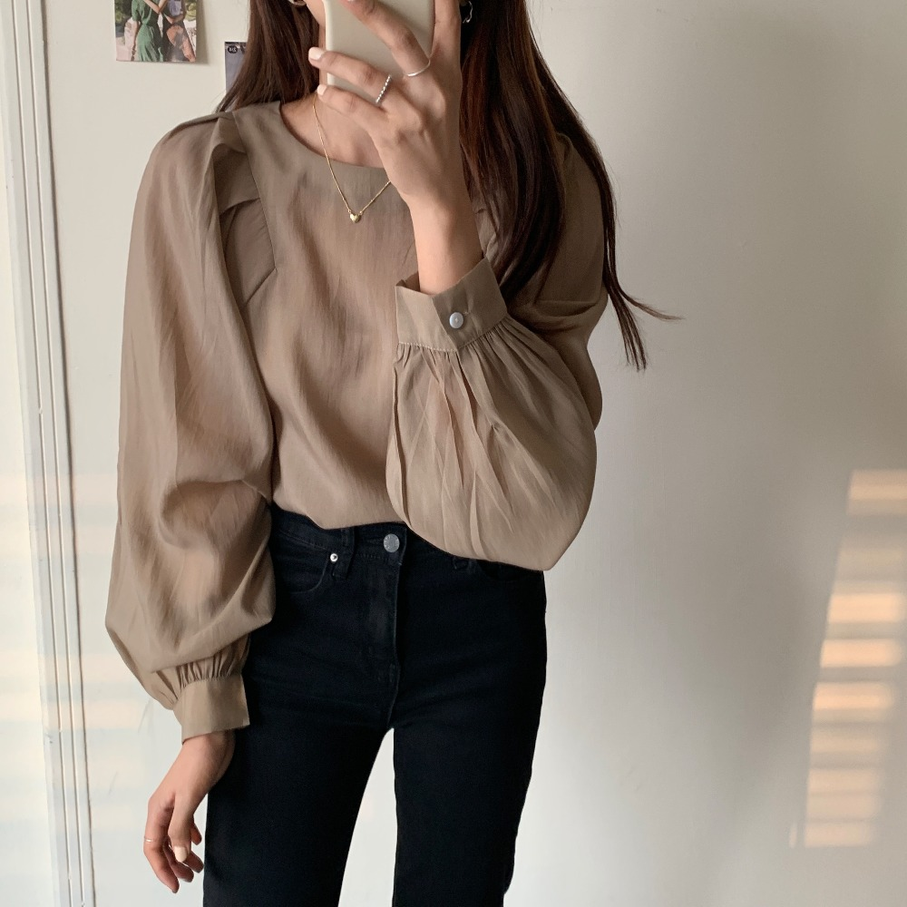 Hafa4ab7ad2924c2198005e1b5c131826D - Spring / Autumn O-Neck Long Puff Sleeves One-Button Cuffs Loose Solid Blouse