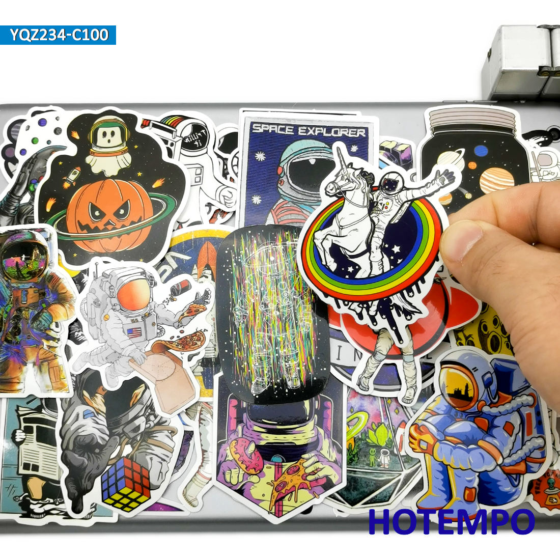 100pcs Astronaut Outer Space Alien Spaceship Funny Mixed Graffiti Waterproof Decals Stickers Pack Toy for Kids DIY Phone Laptop