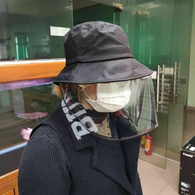 2020 New Unisex Women Men Fashion Outdoor Protection Hat Anti Saliva Hat Full Face Shield Bucket Hats with Clear Mask 5