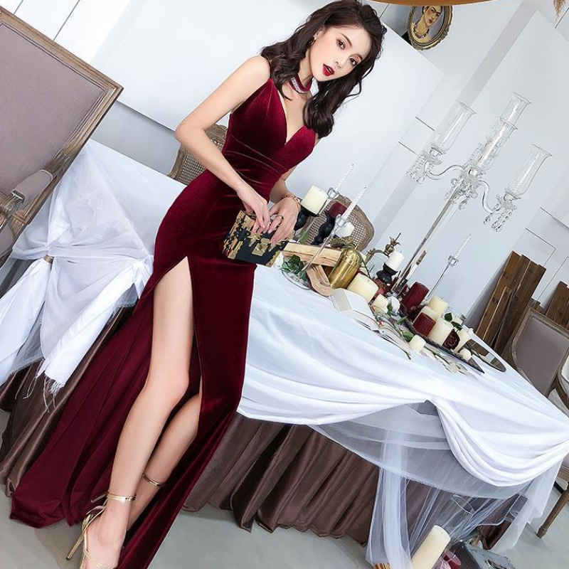 Female 2020 Fashion Sexy Aura Sling Queen Temperament Red   V-neck Office Lady  Polyester  Sleeveless 4