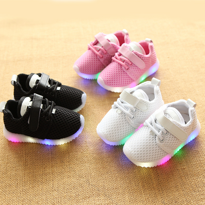 Kid Shoes Children Girls Sneakers LED Light Up Shoes Casual Sports Toddlers Flats Baby Shoes Mesh Breathable Infant Black White