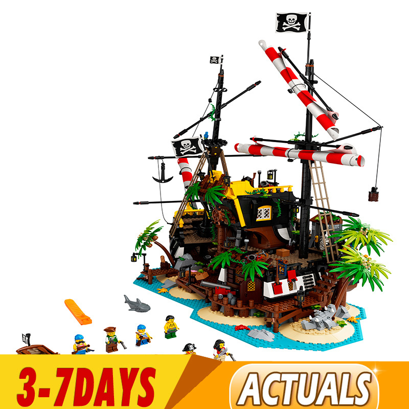 DHL IN STOCK  Toys Compatible 698998 21322 Pirates of Barracuda Bay Model Building Blocks Bricks Kids Christmas Toys Gifts Model 1