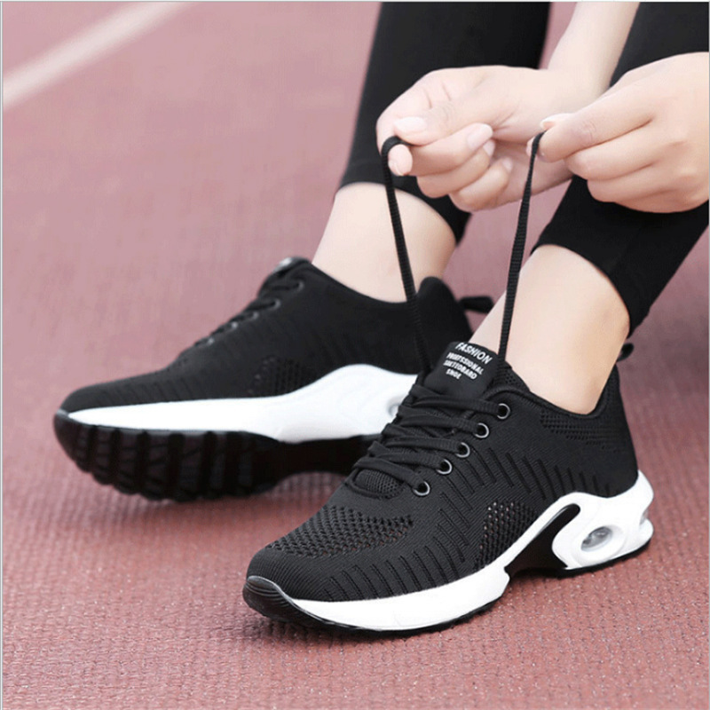 2020 Popular Women's Shoes Fashion Casual Shoes Breathable Wear-resistant Running Shoes Fly Woven Lazy Shoes Trend Sports LCCN16