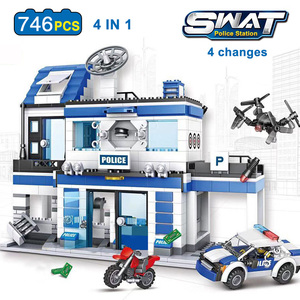 Image 2 - 890pcs City Police Station Building Blocks Compatible SWAT City Cop Car Jail Cell Helicopter Bricks Toys for Children Boys Gifts