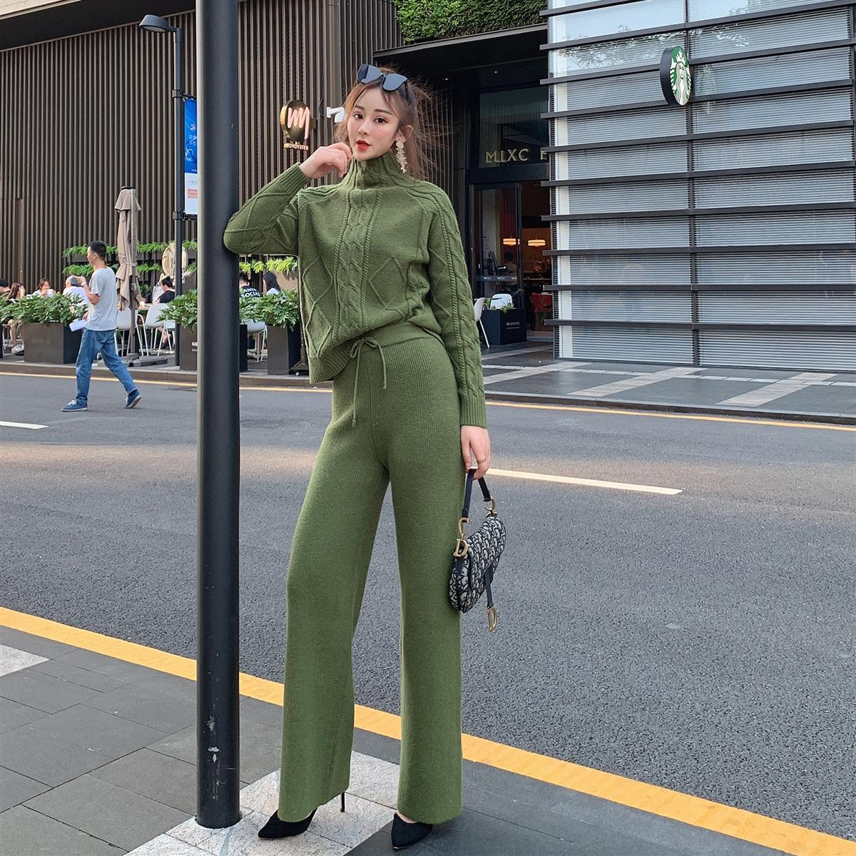 New Winter High-necked Cashmere Suit Women Knitting Wide-legged Pants Loose Languid Is Lazy Wind Sweater Two-piece Tide