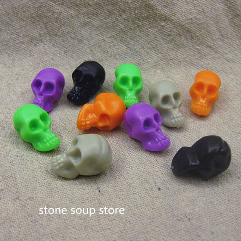 Plastic-10 Per Set-Glow in the Dark Dollhouse Miniature Halloween Skull Beads