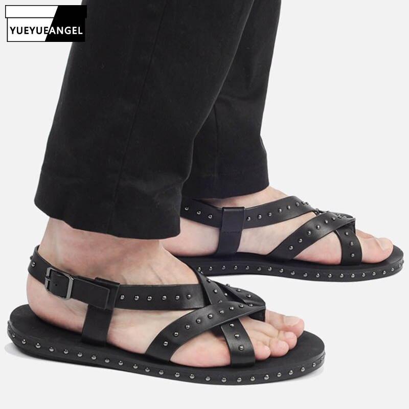 Rome Style Men Sandals 2019 New Adult Summer Real Leather Gladiator Sandals Shoes Fashion Rivet Beach Sandals Flip Flops Slides