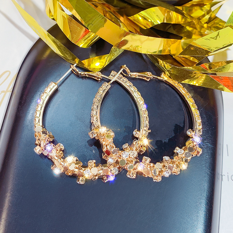 Fashion Temperament Metal Round Geometric Hoop Earrings for Women Gold Sequin Statement Earring Fashion Jewelry Party Gift