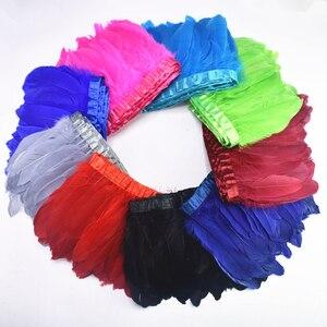 Image 2 - Sprzedaż hurtowa 10 metrów gęsie pióra wykończenia Fringe gęsi pióro wstążka czarne białe pióra dla rzemiosła ślub dekoracja z piór