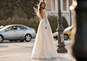 Image 4 - Платье свадебное кружевное с длинным рукавом, V образным вырезом и шлейфом