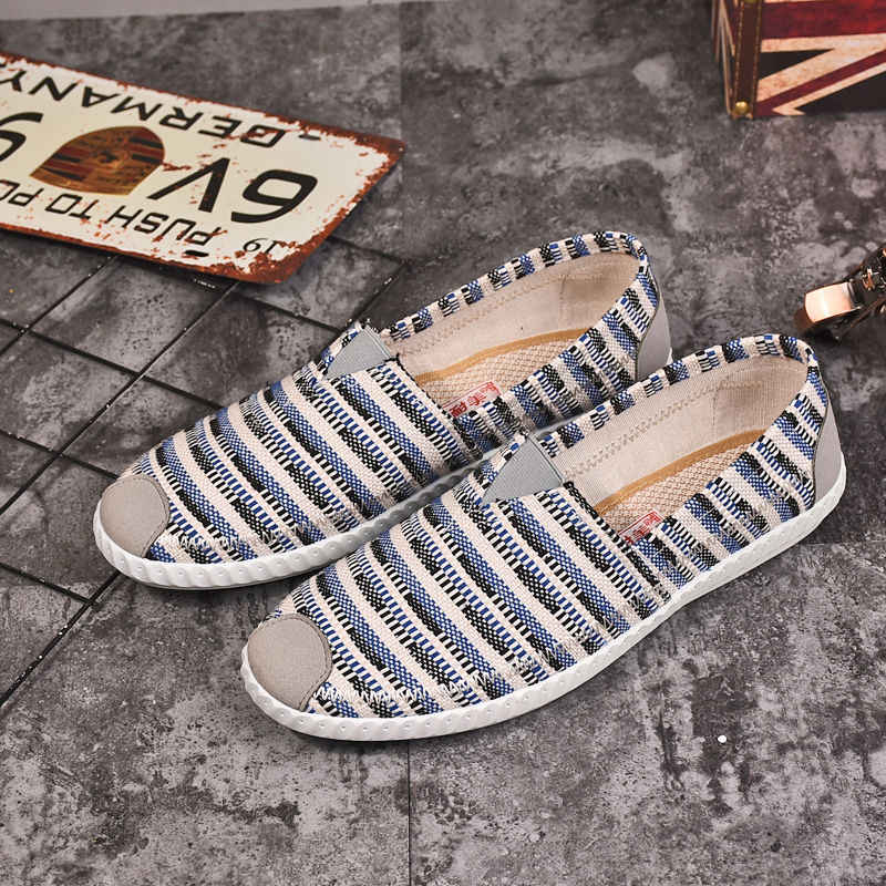 Yaz Yeni Erkekler Düz rahat ayakkabılar Nefes Alabİlİm Slip Erkek Loafer'lar Şemsiye Erkekler üzerinde Kayma Rahat kanvas ayakkabılar