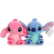 Disney Cartoon niebieski różowy Stitch pluszowe lalki Anime zabawki Lilo i Stich 20CM Stich pluszowe zabawki świąteczne prezenty dla dzieci tanie tanio CN (pochodzenie) Disney Stitch Pp bawełna 0-12 miesięcy 13-24 miesięcy 2-4 lat 5-7 lat 8-11 lat 12-15 lat Dorośli Unisex