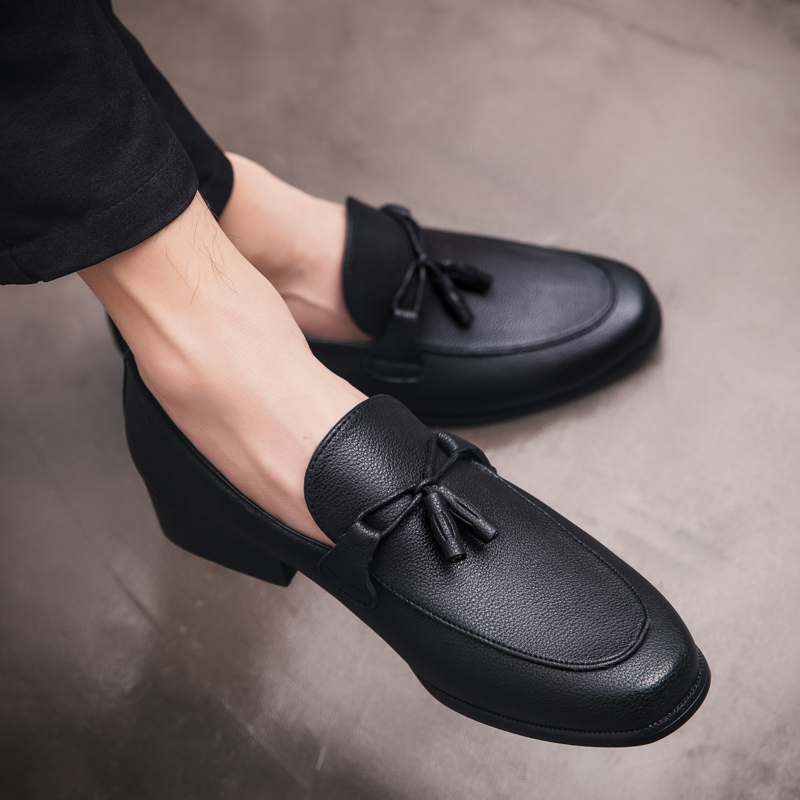 Brand New Fashion Elegant Oxford Shoes Men Tassel Leather Italian Formal Dress Office Loafers Dress Business Shoes