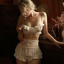 Soutien-gorge et culotte avec jarretelle, Lingerie Sexy en dentelle à volants en fil, avec fermeture au dos, Transparent, tentation, ensemble de sous-vêtements