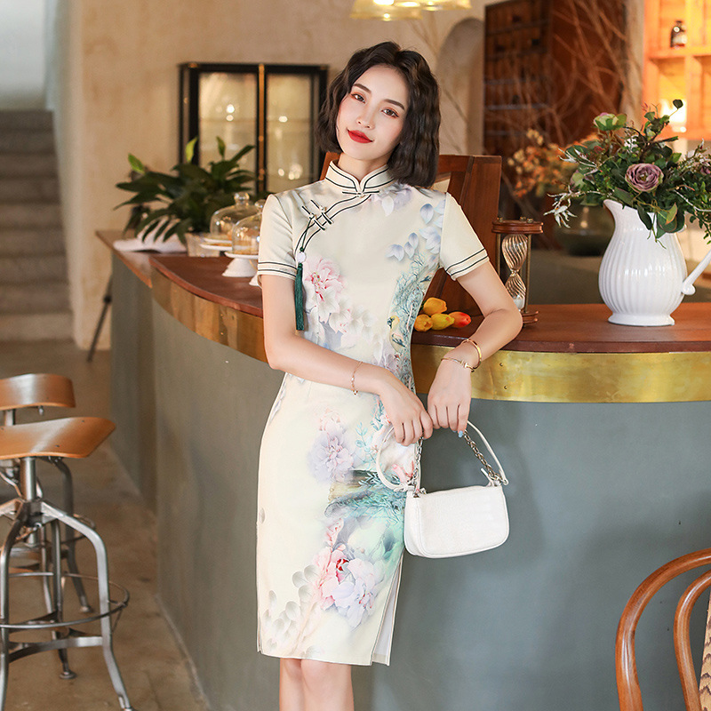 3 Color Chinese Traditional Dress for Women Short Qipao Short Vintage Print Women Stage Show Print Flower Short Dress Plus Size