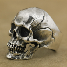 Men's boutique retro creative crack skull ring fashion domineering party boy birthday gift jewelry wholesale