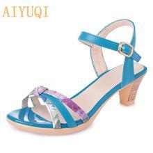 Женские летние сандалии aiyuqi разноцветные на среднем каблуке