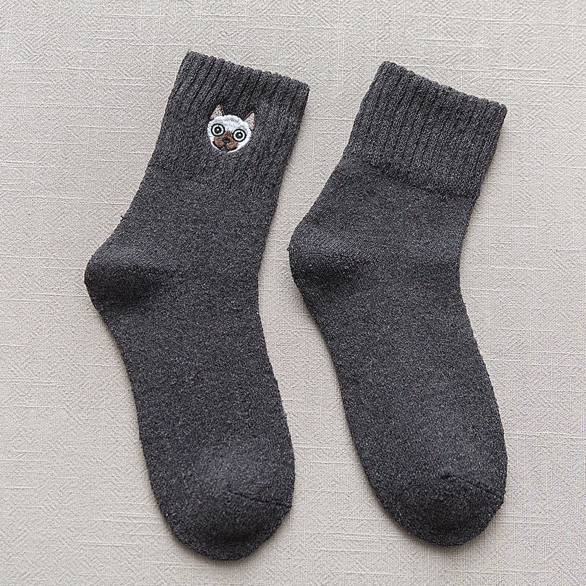 Autumn Winter Cute Embroidery Fighting Dog Socks Thick Warm Wool Socks Happy Ladies Terry Socks