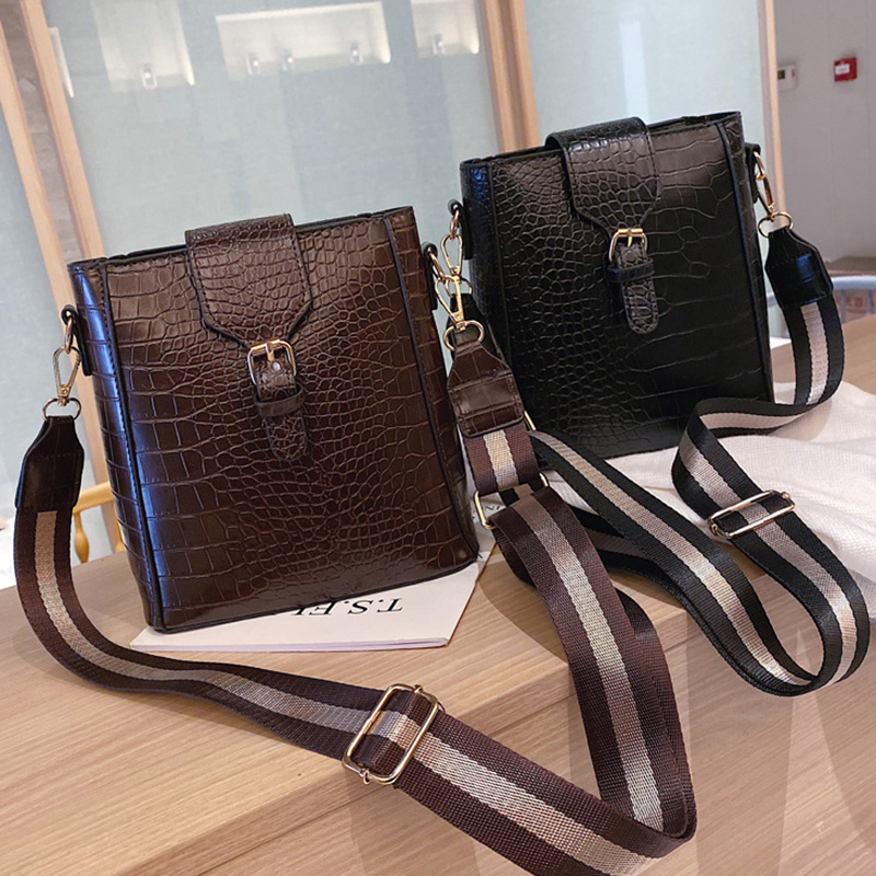 Crossbody Bag For Women Messenger Bags Bucket Handbag Vintage Crocodile Pattern Shoulder Bag Lady Wide Strap Belt Female