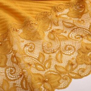 Image 5 - Foulard Floral en dentelle plissée, Hijab, châle, perles froissées, musulman, rouge, jaune, noir, blanc, écharpe de cheveux, nouvelle collection 2020