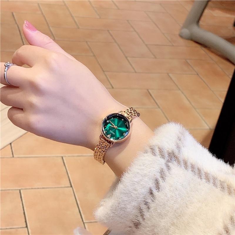 Green Wathes Women Luxury Dial Bracelet Quartz Clock Fashion Metal Silver Belt Fashion Creative Dress Watches For Ladies Gift