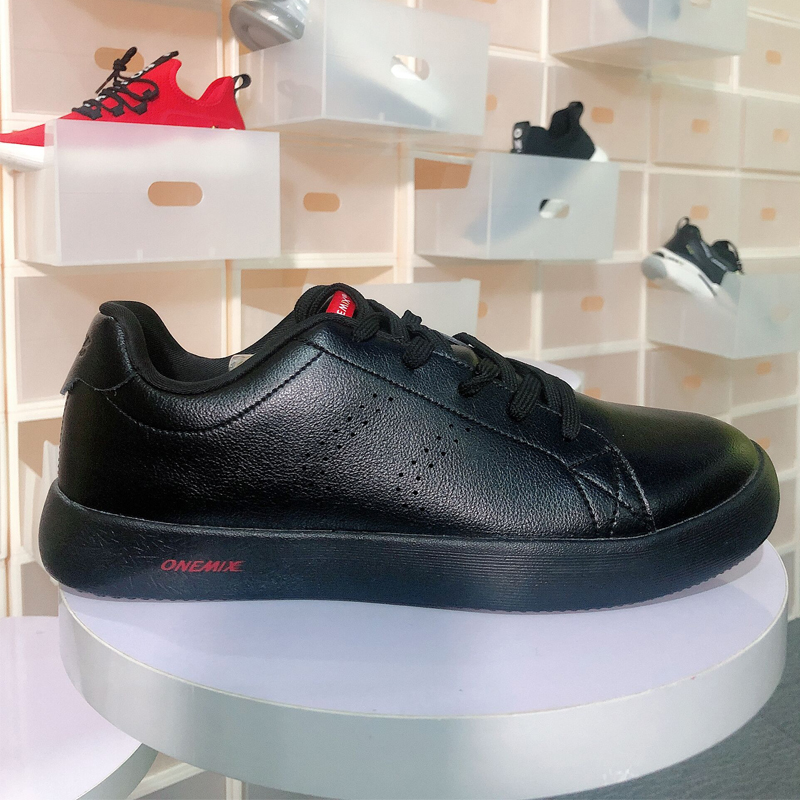 ONEMIX New <font><b>Skateboarding</b></font> <font><b>Shoes</b></font> Men <font><b>Shoes</b></font> Sneakers Casual Soft Leather Skateboard <font><b>Shoes</b></font> Man Lightweight Jogging Training Male image