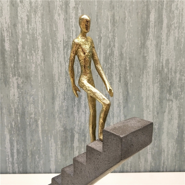 Abstract Passerby Figure Resin Thinker Miniature Upstairs Performance Art Ornament Novelty Craft Studio Decor Office Accessories 5