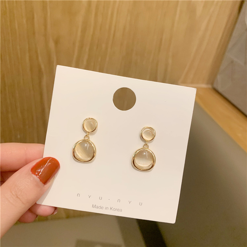 2020 South Korea's New Fashion Metallic Opal Earrings Female Temperament Simple Crystal Earrings