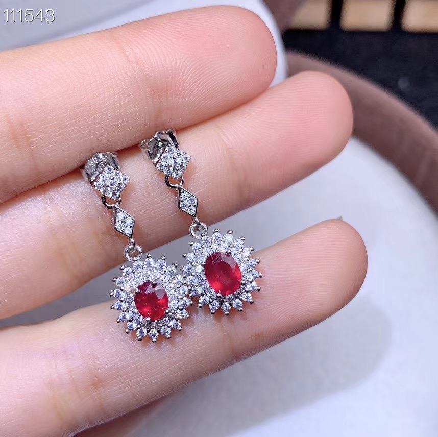 Natural ruby Earrings 925 Sterling Silver Lady Earrings beautiful style, affordable price including certificate