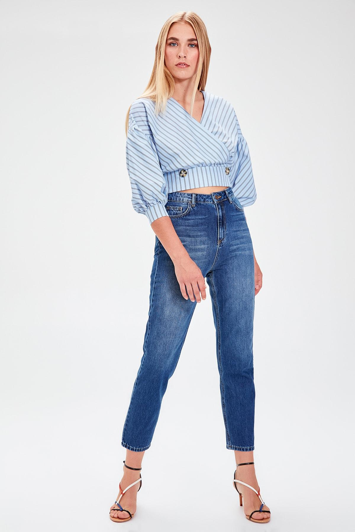 Trendyol Blue High Waist Mom Jeans TWOAW20JE0046