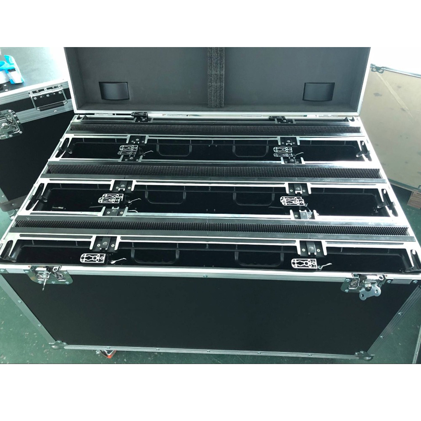 Outdoor P3.91 SMD1921 Waterproof Full Color Led Display Screen 500x1000mm Die Cast Aluminum Cabinet