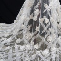 Luxury 3d appliqued beading lace fabric for lady girls dresses gowns! Elegant design Ivory lace wedding dress material 2020 NEW!