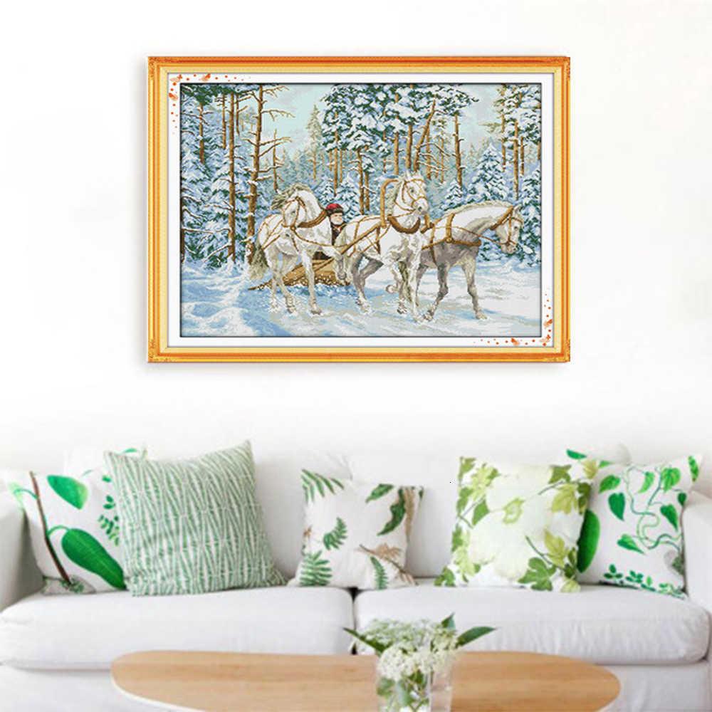 HUACAN Cavallo Punto Croce Animali Set di Cucito Per La Piena Kit Bianco della Tela di canapa Del Ricamo Inverno FAI DA TE Complementi Arredo Casa 14CT