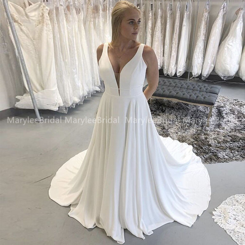 Simple V-neck Wedding Dress Sleeveless A-line White Ivory Bridal Gowns Backless Vestidos De Novia Custom Made Robe Mariage