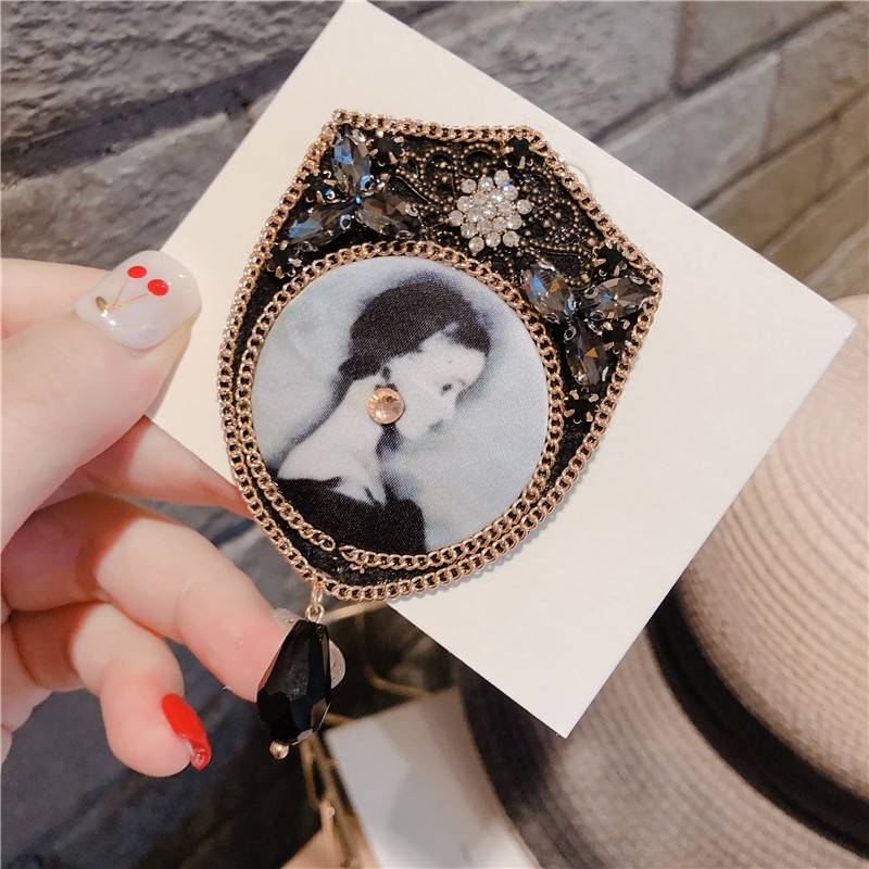 Female Black Fabric Brooch Women Antique Flower Brooch Jewelry Lady Quality Epaulette Brooches in Brooches from Jewelry Accessories