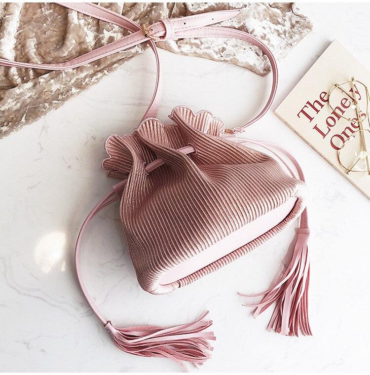 Fashion Personality Handbag Pleated Drawstring Shoulder Bag Diagonal Package