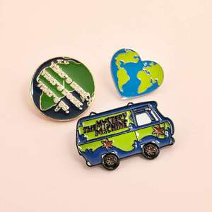 High quality enamel pins protect the earth ecological metal badge love green earth pins unisex fashion jewelry accessories pins