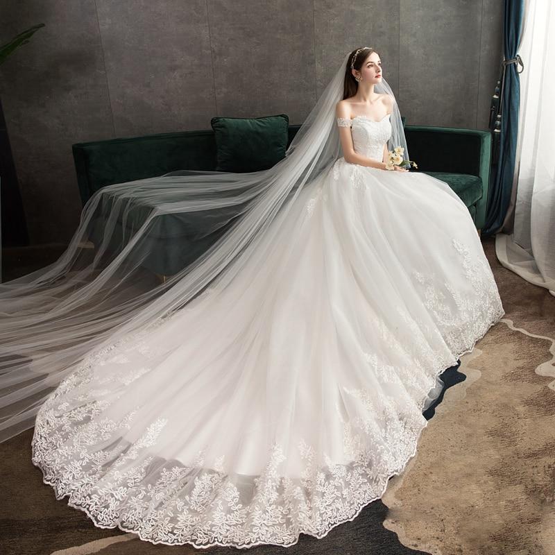 Image 4 - New Arrival Sweet Elegant Princess Luxury Lace Wedding Dress 100 cm Boat Neck Appliques Celebrity Ball Gown vestido De Noiva-in Wedding Dresses from Weddings & Events
