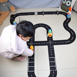 Children road building motorwa