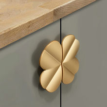 Four Leaf Clover shape/Creative Zinc alloy Door knob DIY Kitchen Cabinet Handles Drawer Pulls European Furniture Handles