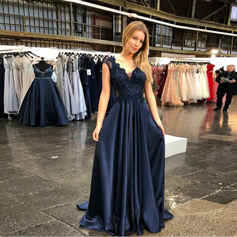 A-Line V-neck Beaded Prom Dresses 2020 Long Elegant See Through Dark Blue Satin Arabic Custom Made Formal Party Prom Gowns