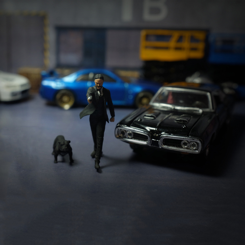 1:64 Killer Series Nanoer Pitbull Doll Car Scene Set American Pit Bull Terrier Character Doll Resin Movie Vehicle Toys Parts