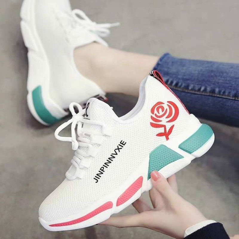 New Women Running Shoes Ultralight Breathable Comfortable Outdoor Sports Shoes Jogging Walking Female Sneakers Chaussures Femme
