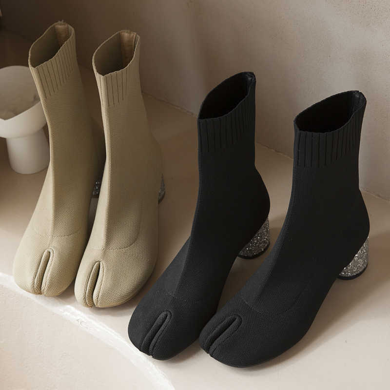 Örgü kısa çizmeler yüksek topuklu bölünmüş ayak ayrı yarım çizmeler kadın Bling bling yüksek topuklu yaz streç çorap ayakkabı bayanlar için