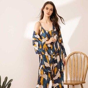 Image 1 - 2020 SPRING & FALL New Ladies Pajamas Set Comfort Loose Large Size Femme Sleepwear Crane Printed Elegant Women 3Pcs Homewear