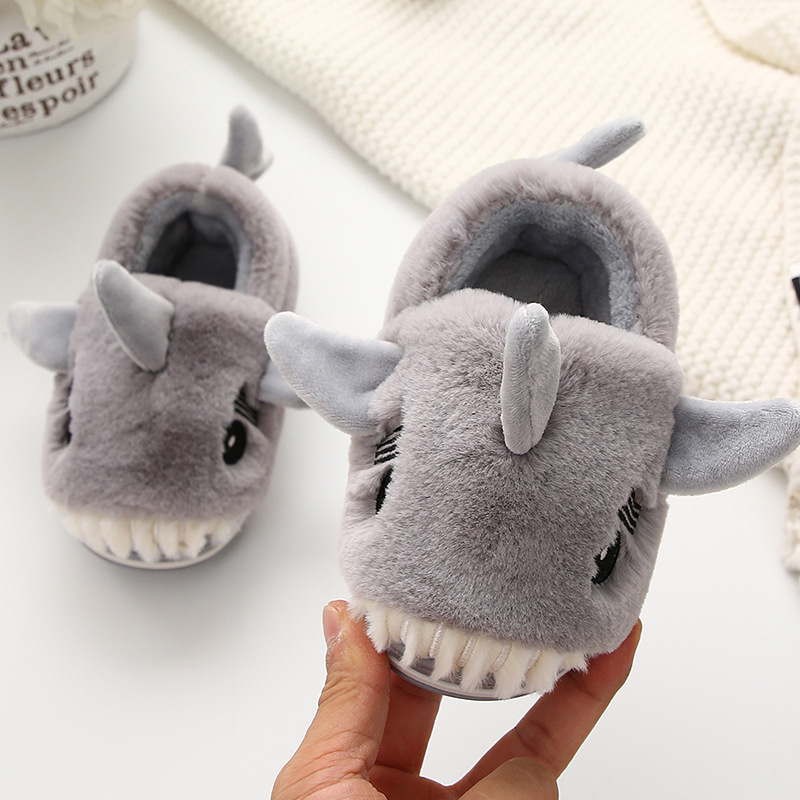 Kids House Slippers Cartoon Shark Home Shoes Boys Warm Slippers Girls Indoor Cotton Shoes Children Winter Slipper Pantuflas
