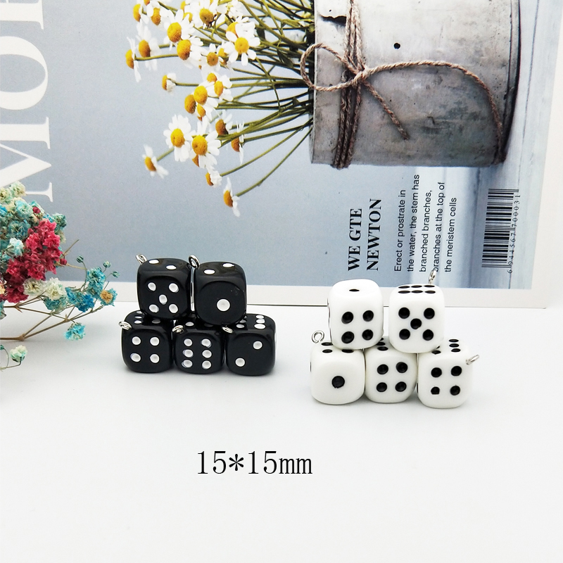 10pcs/pack 15mm Dice Resin Charms 3D Dice Pendants DIY Craft Fit for Bracelet Earring Key Chains Jewelry DIY Finding Handmade 2