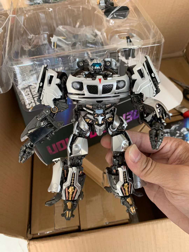 Transformers LS18 Jazz-coated Sports car robot GT aide toy