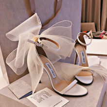 Wedding shoes 2020 new word buckle with wings high heels banquet sexy fashion op